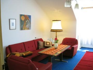 Living Room in Orig. 60\u0027s Style & Living Room in Orig. 60\u0027s Style - Apartment Hietzing